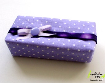 "Tissue case ""LILACS"" by frollein cosa"