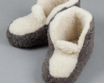 New Ladies - Womens Merino Pure Sheep's Wool Black & White Slippers/ Sheepskin Booties - Non Slip Sole