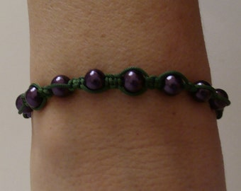 Purple beads and green thread bracelet with macrame technic. Boho style .Gift for her