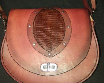 insert iguana leather purse