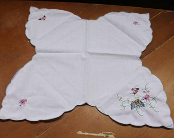 Butterfly Doily Vintage 1970's Embroidered Butterfly Motif Floral Design White Ornate Table Linen Table Topper Table Decor Scalloped Doily