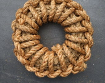 Beach Hut Nautical Knot Ring