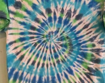 Tie dye spiral Men's L