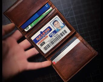 Slim Mens Leather Tri-fold Wallet, with ID slot