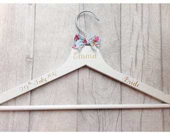Wedding hanger, shabby chic hanger, bride hanger, gifts for bride, gift for bridesmaid, bridesmaid gift