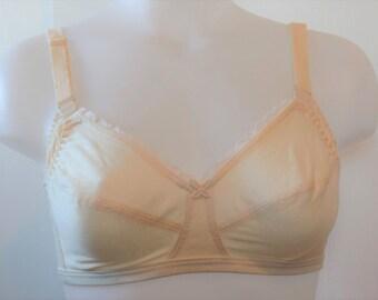 True Vintage Mary Jane Champagne color 36D Nursing bra 100% Pima cotton