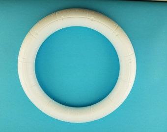 "Styrofoam Smoothfoam ""14 ruled wreath"