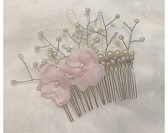 Wedding hair comb, flower haircomb, wire haircomb with pearls