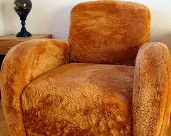 (Fur) club Chair