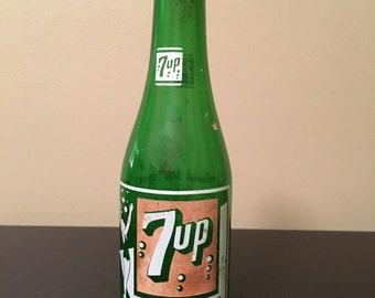 """Vintage 7up green glass bottle """"swimsuit"""" girl"""