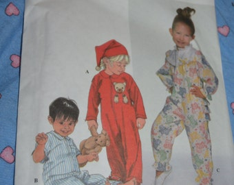 Simplicity 7918 Toddlers Sleeper and Hat Sewing Pattern - UNCUT  - Size 2 3 4