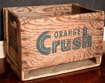 Caisse Crush en bois de 1963 / 1963 Crush wooden crate