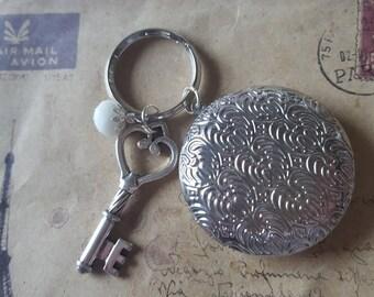 Medallion Keychain ~ keys ~-silberfarben-