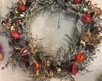 Natural Dried German Statice Wreath