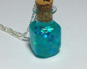 Little bottle necklace. Glitter bottle necklace. Glitter pendant. Mermaid necklace. Fairy necklace. Glitter pendant. Mermaid pendant. Blue.