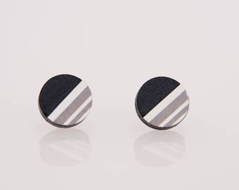 Bottonciotti--lobe card earrings, black with gray and white striped texture, handmade, ecofriendly