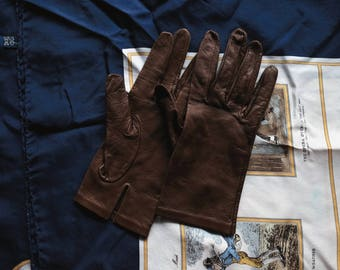 Poised Buttery Soft Brown Leather Women's Gloves
