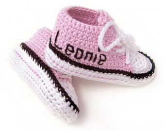 Baby crochet shoes pink