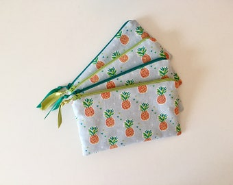 Pineapple zipper pouch, coin purse, accessories