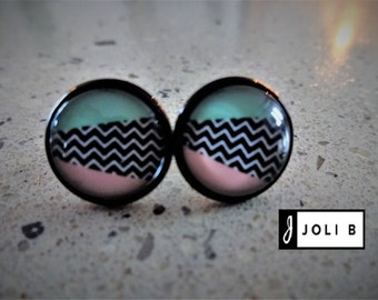 Earrings - Earrings - Studs - glass Cabochons - Stud Earrings - black and white Chevrons, pink and turquoise