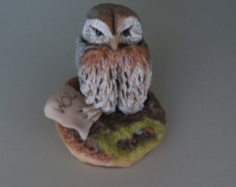 Owl or 'WOL'  from Winnie-the-Pooh - W127.  Vintage collectible figurine.