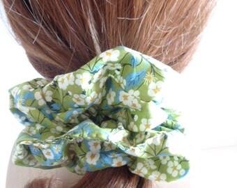 Green and blue cotton scrunchies, floral scrunchie, chouchou, green hair elastic, hair accessories, handmade by ScrunchiesCo