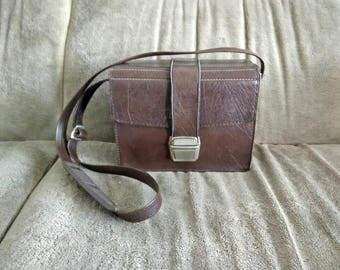 Vintage Hardcase Camera Bag - brown faux leather - well used