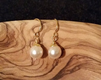 Pearl Drop Earrings - Gold or Silver