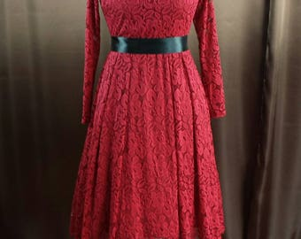 Rockabilly 60s petticoat dress lace with sleeves