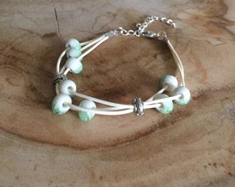 Happy beads bracelet - off white wax cord