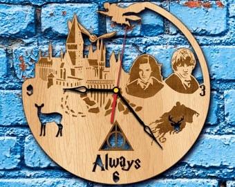 Harry Potter home decor Clock harry potter quidditch harry potter room decor hermione granger golden snitch harry potter name office