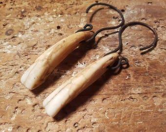 18 Gauge Horse Teeth Incisors Ear Weights / Hangers