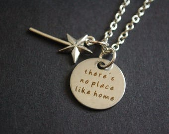 Wizard if Oz There's no place like home necklace