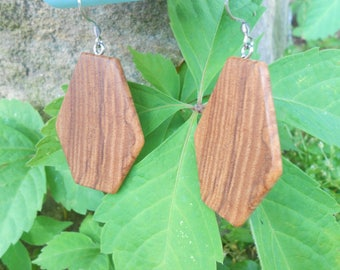 Wooden earrings/geometric wood earrings/ash wood earrings/sustainable earrings/natural jewelry/wooden jewelry/earthy earrings/eco jewelry