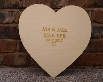 Engraved Wooden Wedding Guest Board: Personalied Signature Heart Guest Book Guestboard