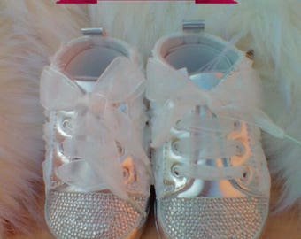 STUNNING White flower crystal baby shoes