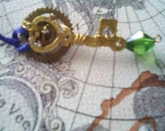 Key stone necklace
