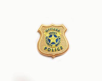 1x Police Officer badge iron on PATCH blue gold star hero sign blazon perfect policeman costume Embroidered Applique Trust integrity bravery