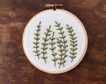 "4"" Green Plant Embroidery"