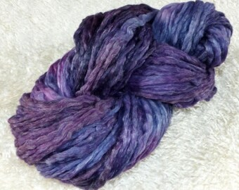 140 g Merino with linen combed tops hand dyed (roving pencil)