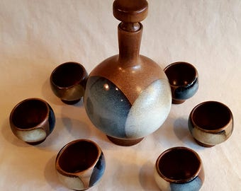 Robert Maxwell Pottery Craft USA Wine Carafe with Six Cups
