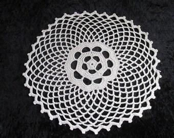 Lace Doily Vintage Crochet Doily Round Lace Doily Centerpiece Decoration Oval White Crochet Lace Vintage Lace Doily Wedding Centerpiece