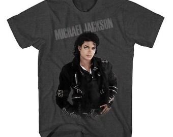 "Michael Jackson ""beat it""  T-shirt"