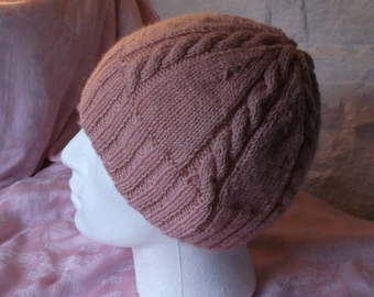 Cable Hat in Wool