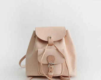 Cute mini bucket backpack , handmade with veg-tanned leather