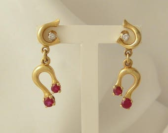 Yellow Gold Earrings, 4 2 rubies and diamonds