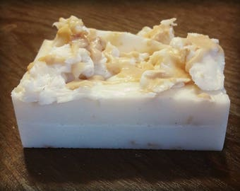 Goat's Milk, Honey and Oatmeal Soap