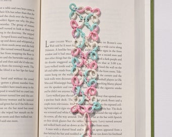 LACE BOOKMARK, bookmark, tatting bookmark, handmade bookmark, lace, handmade, tatting, tatted bookmark, book lovers gift, gift