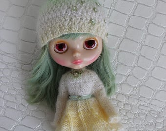 Outfit for Blythe doll: dress and hat