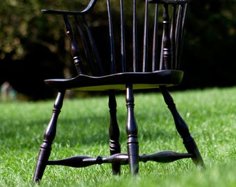 Continuous Windsor Arm Chair